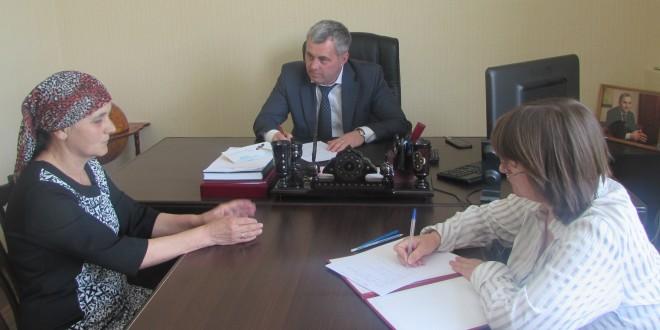 Глава районной Администрации провел прием граждан
