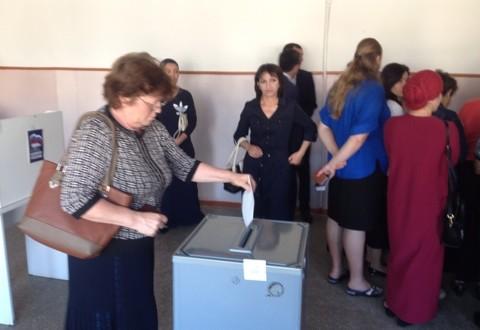 В Ногайском районе  прошло предварительное голосование политической  партии  «Единая Россия»