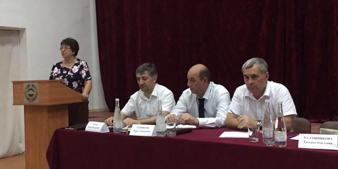 Ногайском районе состоялась выездная встреча Министра по делам национальностей, массовым коммуникациям и печати