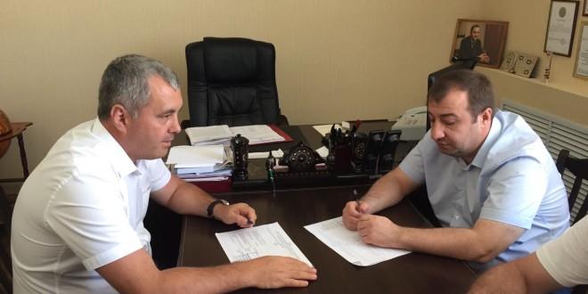 Депутат Государственной Думы РФ от КЧР Расул Боташев  посетил Ногайский  район