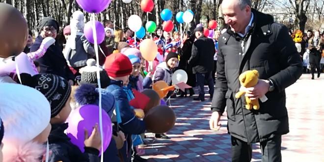 Глава республики осмотрел Парк культуры и отдыха  в поселке Эркен-Шахар