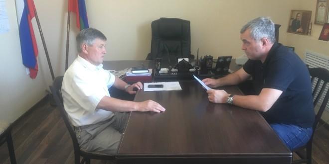 Глава Администрации Ногайского муниципального района Э. Р. Керейтов провел рабочее совещание по социальным вопросам