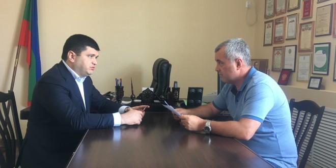 Глава Ногайского муниципального района Энвер Керейтов встретился с Министром туризма, курортов и молодежной политики КЧР Анзором Эркеновым