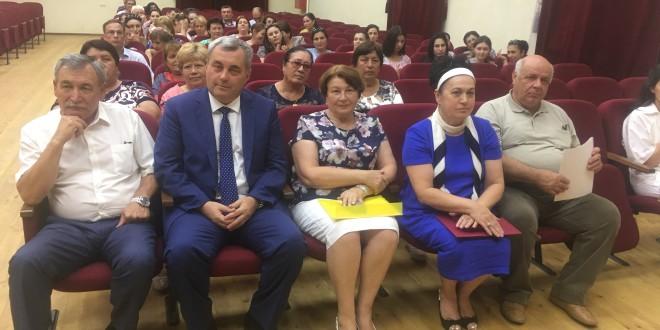 В Ногайском муниципальном районе вручили награды наблюдателям от Общественной палаты КЧР