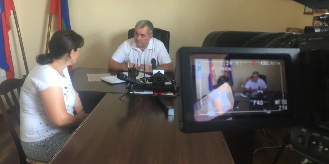 Глава Администрации Ногайского муниципального района Энвер Керейтов провел прием граждан.