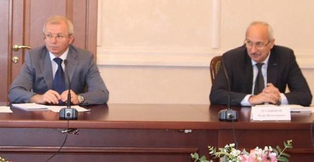 Председатель Правительства КЧР Аслан Озов провел заседание Организационного комитета по подготовке и проведению празднования в сентябре Дня Карачаево-Черкесской Республики и Дня города Черкесск