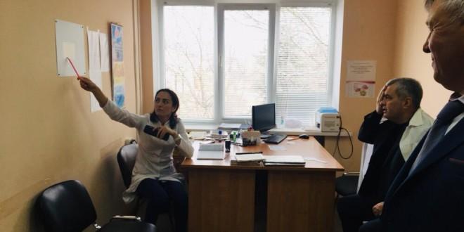 Энвер Керейтов с рабочим визитом побывал в Ногайской центральной поликлинике