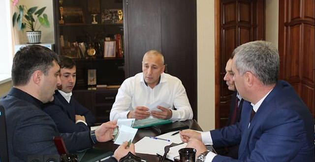 Министр сельского хозяйства КЧР Анзор Боташев провел прием граждан в Ногайском районе