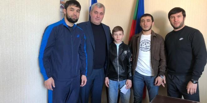 Юный спортсмен из Ногайского района стал победителем Первенства СКФО по вольной  борьбе