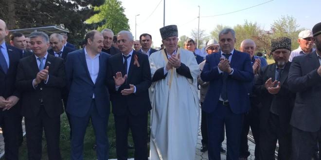 В Ногайском районе отметили 62-ю годовщину возвращения карачаевцев на историческую родину