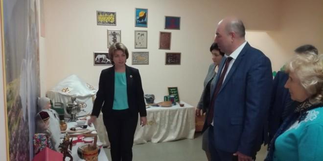 Министр образования КЧР посетила с рабочим визитом Ногайский район