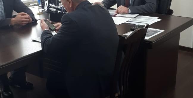 Глава Администрации Ногайского муниципального района Мурат Хапиштов провел рабочее совещание.