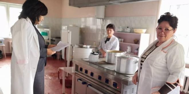 Проверка питания в детских садах Ногайского района.