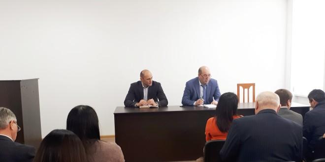 Рабочая неделя началась с очередного совещания в администрации Ногайского района.