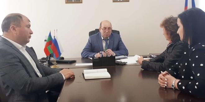 Глава администрации Ногайского муниципального района Мурат Хапиштов провел личный прием граждан.