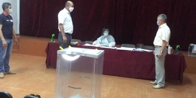 Мурат Хапиштов посетил избирательные участки района.