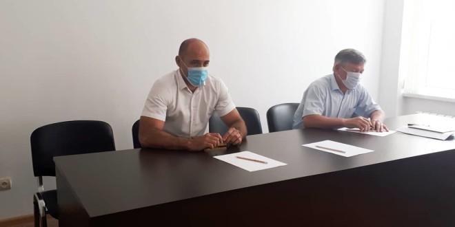 В районной администрации под председательством первого заместителя главы администрации Рустама Кумратова состоялось рабочее совещание.