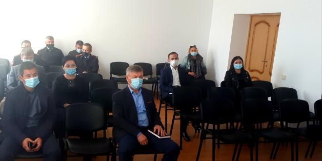 Совещание в зале администрации Ногайского муниципального района.