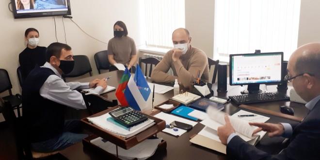 Глава администрации Ногайского муниципального района Мурат Хапиштов провел совещание с начальниками и специалистами отделов АНМР