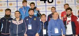 Амаль Джандубаев завоевал серебро на Первенстве России по вольной борьбе среди юношей до 18 лет.