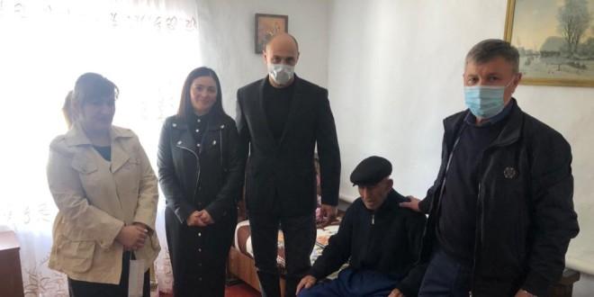 90-летний юбилей отмечает труженик тыла, житель аула Икон-Халк Абазов Крым-Герей Умарович.