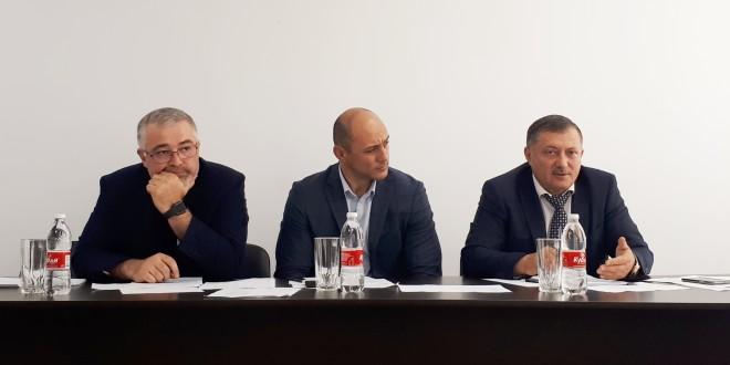 В здании администрации района состоялось заседание межведомственной комиссии по вопросам мобилизации доходов в бюджет Ногайского муниципального района.